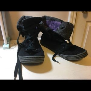Blowfish sneakers size 9 used